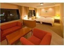 【客室】グランプラザ中津ホテル最上階グランド・スイートルーム