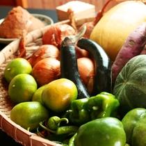*自家栽培している季節の野菜