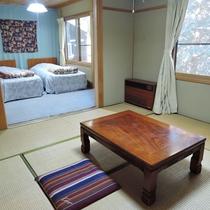 【和洋室】和室8畳+洋室ツインの広々16畳。