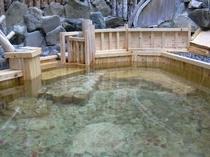 館内にある貸切露天風呂
