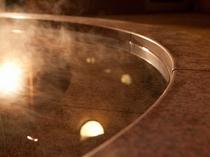 女性湯船:温泉効能*:肩こり・腰痛・冷え性・疲労回復