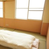 ★一番広い和室の写真(右側)です★※左側の写真と合わせてイメージして下さい♪