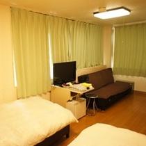 ★このツインルームにはソファーベッドもございます★