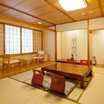 【新東館・和室10帖+控え2帖】ゆったりとした和室です