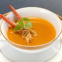 【ゴールドコース】渡り蟹のクリームスープ 一例