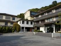 閑静な東山山麓の宿ホテルりょうぜん