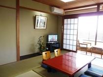 客室(10畳タイプ)