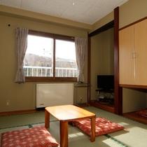 6畳タイプのお部屋一例