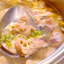 中華気まぐれメニュー★牛すじのコムタム風スープ♪