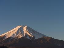 館内から望む富士山(冬)