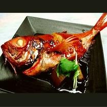 ■下田が誇る金目鯛の姿煮をぜひ!