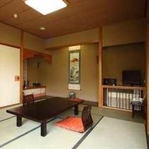 【準特別室】 和室10畳+広縁 (東館)