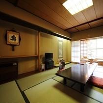 【本館】 和室10畳+広縁 (東館)