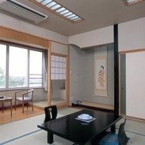 【さくら館】和室10畳(一例)眺望は全室、「十勝川」側のさくら館和室10畳客室。