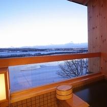 冬の露天風呂付客室和室8畳(イメージ)