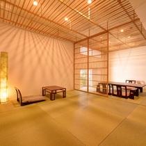 *和室「大国」/独創的な雰囲気の中にも心地よさを追求した和の空間に感動と安らぎを覚える。