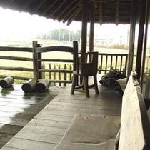 【 健部の郷の宮処 】のどかな田園風景が一望できます