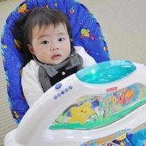 赤ちゃんとバウンサー1
