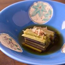 *お夕食一例(山菜)