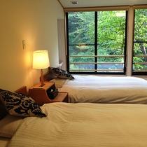 桐の花和洋室【連翹】和室8畳+ツインベット