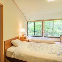 桐の花和洋室【連翹】和室10畳+ツインベット