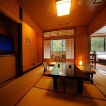 桐の花和洋室【朱花】和室8畳+ツインベッド