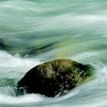 渓流夏油川