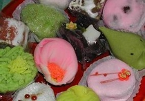 季節感あふれる和菓子 3個はいける?行きたい・・・