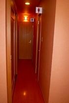 1階共同トイレ1
