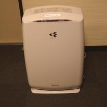 新館全室、加湿付空気清浄機を設置
