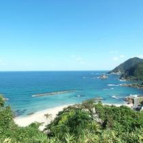 竹野浜の一例。 青い空、白い砂浜、澄んだ海水。 夏もおすすめ!