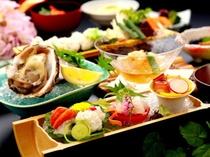 希少な夏の味覚「相生産」岩ガキを使った『相生産岩牡蠣と夏野菜の彩り会席』一例