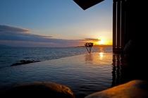 天海の湯・露天風呂 夕陽