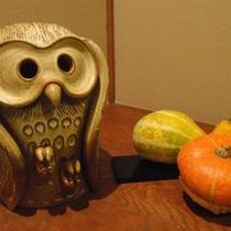 【ハロウィン梟】フクロウもハロウィンを楽しみます♪