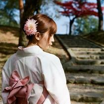 お一人で着られない方も安心♪おまかせで、着物姿でぶらり京都旅★
