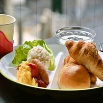 【朝食イメージ】洋食のバイキング形式ですので、食べ放題です