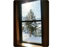 2階窓から望む