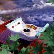 当館の名物「ごま豆腐」