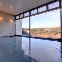 """*大浴場/24時間ご入浴可能◎いつでも眺望豊かな""""麦飯石の湯""""をご堪能いただけます。"""