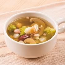 ◆日替わりスープ◆4種類の豆と野菜スープ◆