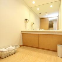 和室洗面所