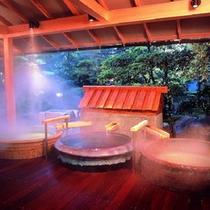 陶器風呂(男性)