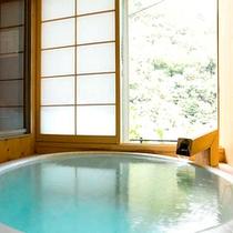 源泉内湯付き客室