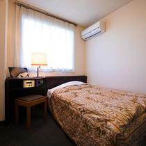■シングル■12平米・ベッド幅120センチ   冷蔵庫なしのお部屋