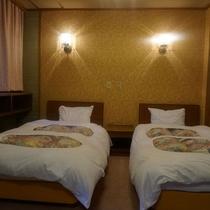 湯の瀬301(和洋室)ベッド