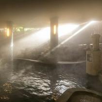 大浴場「山頭火の湯」。小浜を訪れた種田山頭火にちなんで名を付けました