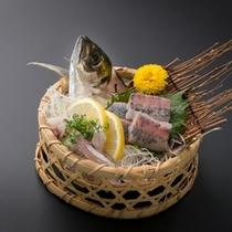 新鮮な鯵は、身が締まっていてとても美味しいです。青魚特有の臭みもありません。