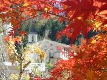 紅葉と新館