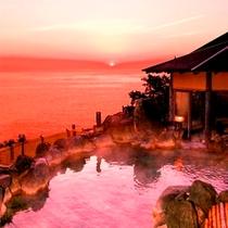 女性の皆様だけの特権 たまにはちょっと早起きして大露天風呂からの日の出朝焼けは見事です