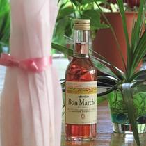 記念日のお客様にはミニワインをプレゼントさせていただきます。